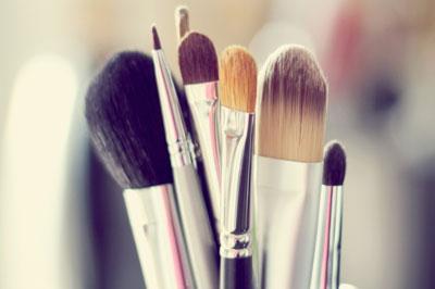 wedding-makeup-brushes